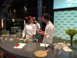 Showcooking a SPLAU amb l'actriu Hiba Abouk